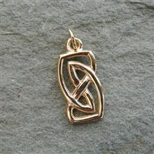 Vatersay Gold Charm 9ct